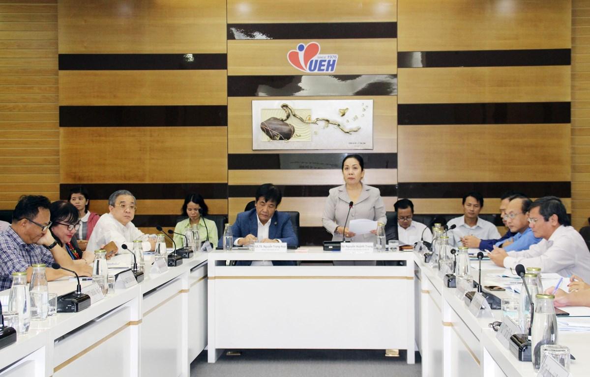 Bà Nguyễn Huỳnh Trang, Phó Giám đốc Sở Công Thương thành phố Hồ Chí Minh, phát biểu tại Hội thảo. (Ảnh: Mỹ Phương/TTXVN)