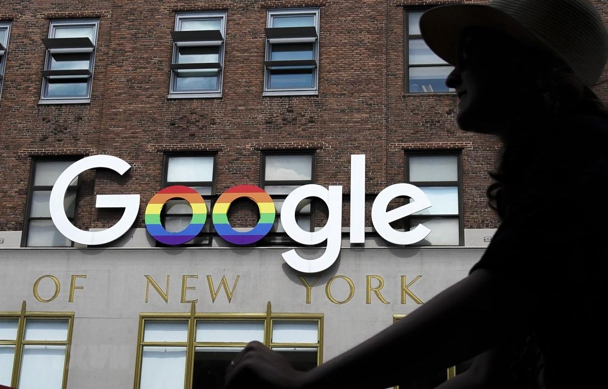 Biểu tượng Google tại New York, Mỹ. (Ảnh: AFP/TTXVN)