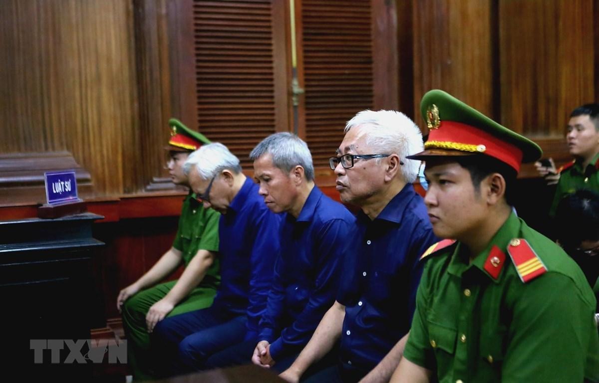 Các bị cáo tại phiên tòa ngày 13/7/2020. (Ảnh: Thành Chung/TTXVN)