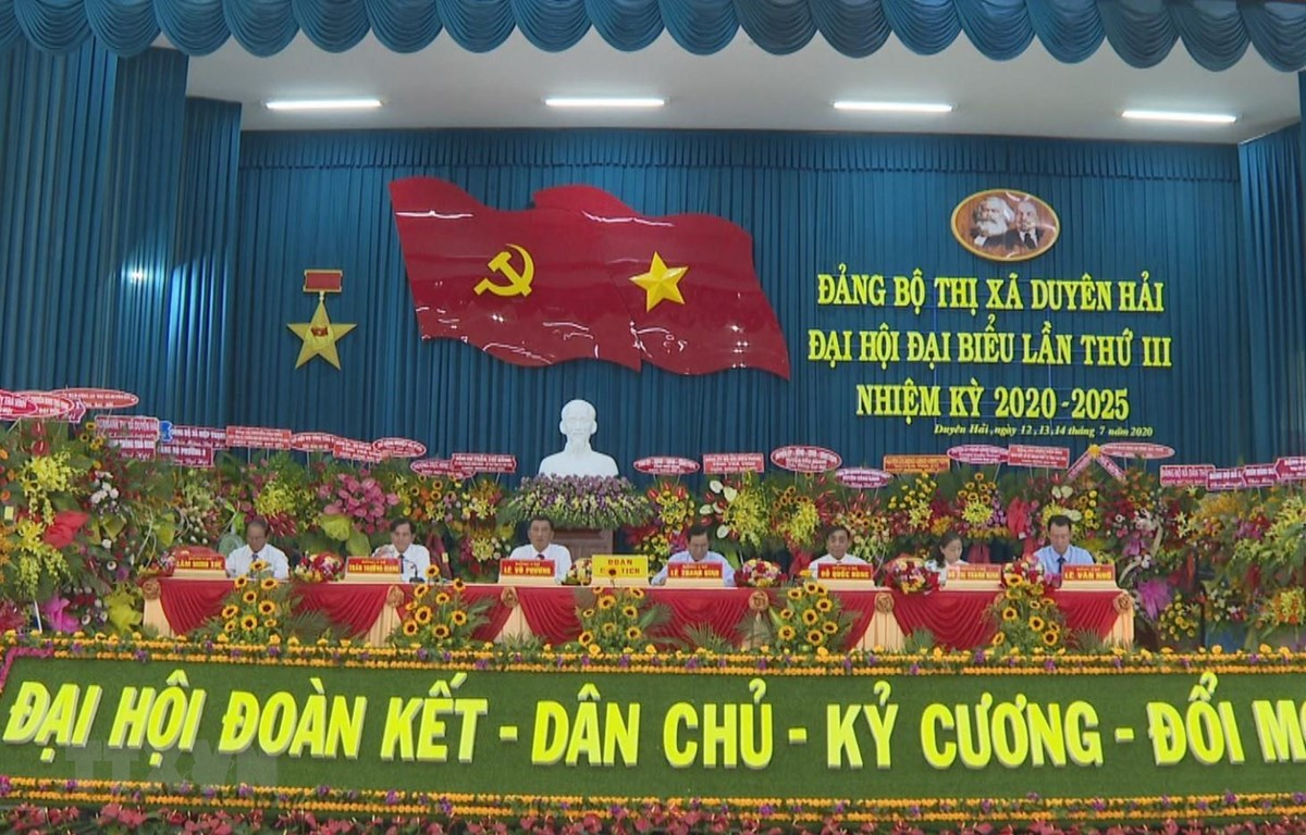 Đoàn Chủ tịch tại Đại hội. (Ảnh: Thanh Hòa/TTXVN)