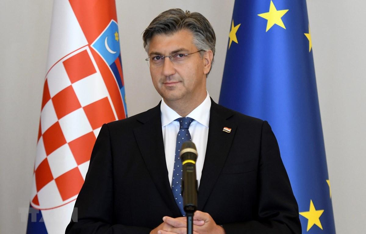 Tân Thủ tướng Croatia đồng thời là Chủ tịch đảng Liên minh Dân chủ Croatia (HDZ) Andrej Plenkovic trong cuộc họp báo tại Zagreb ngày 16/7/2020. (Ảnh: AFP/TTXVN)
