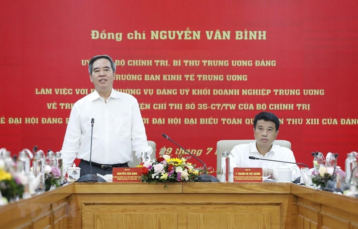 Ông Nguyễn Văn Bình, Trưởng Ban Kinh tế Trung ương phát biểu. (Ảnh: Dương Giang/TTXVN)