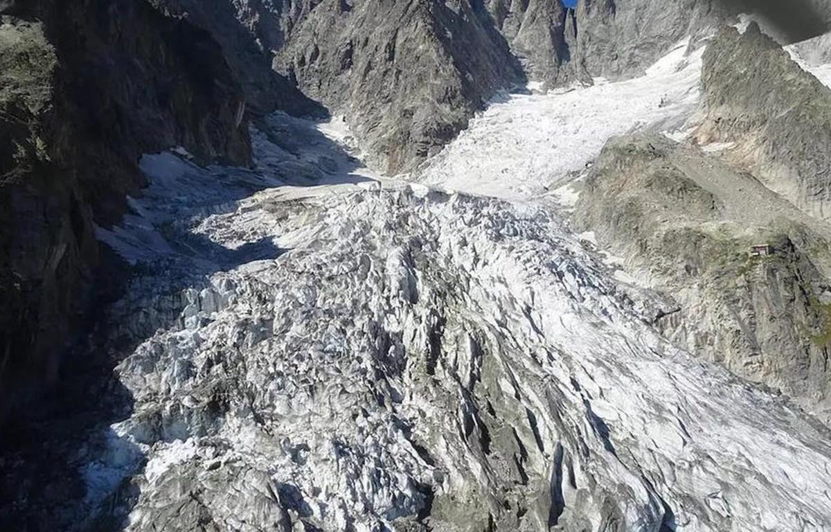 Một phần băng từ sông băng Planpincieux có nguy cơ bị vỡ. (Nguồn: AFP)