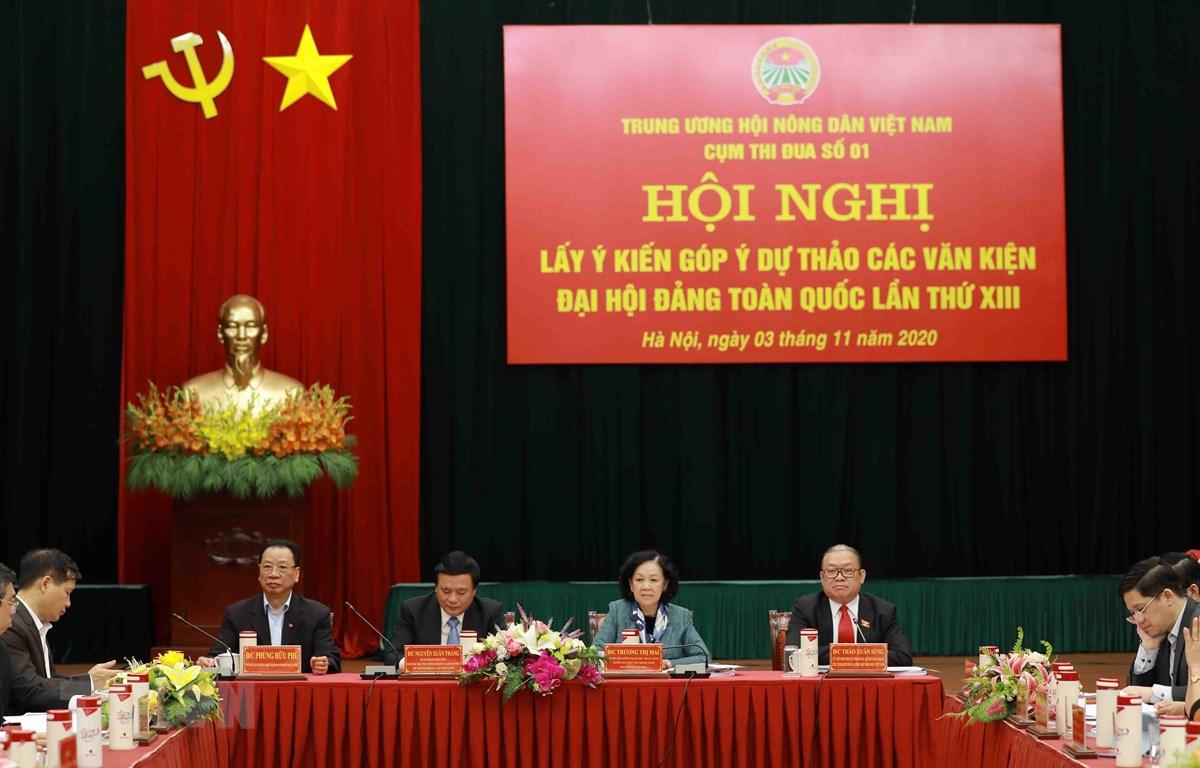 Đoàn Chủ tịch điều hành Hội nghị. (Ảnh: Vũ Sinh/TTXVN)
