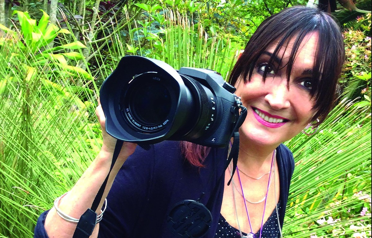 Nhiếp ảnh gia Colombia Monika Heran. (Ảnh: Sergio Dow)