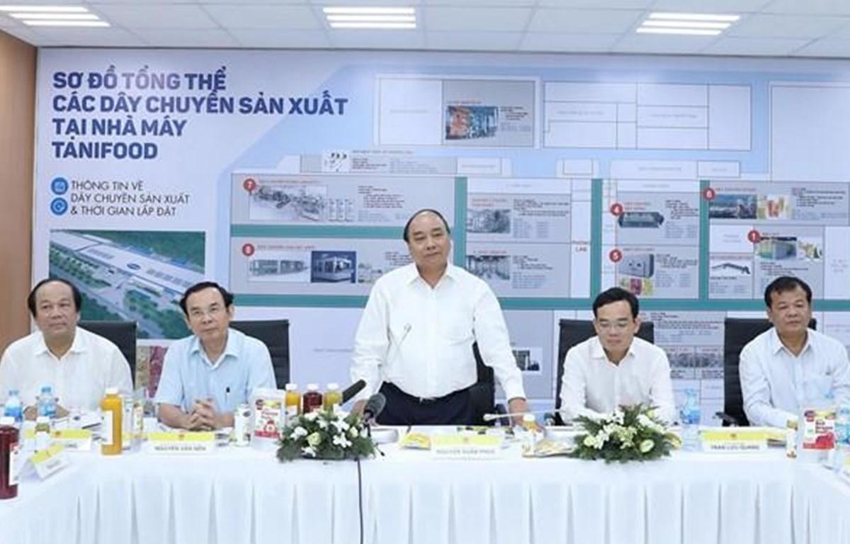 Thủ tướng Nguyễn Xuân Phúc phát biểu tại chuyến tăm nhà máy Tanifood năm 2018.