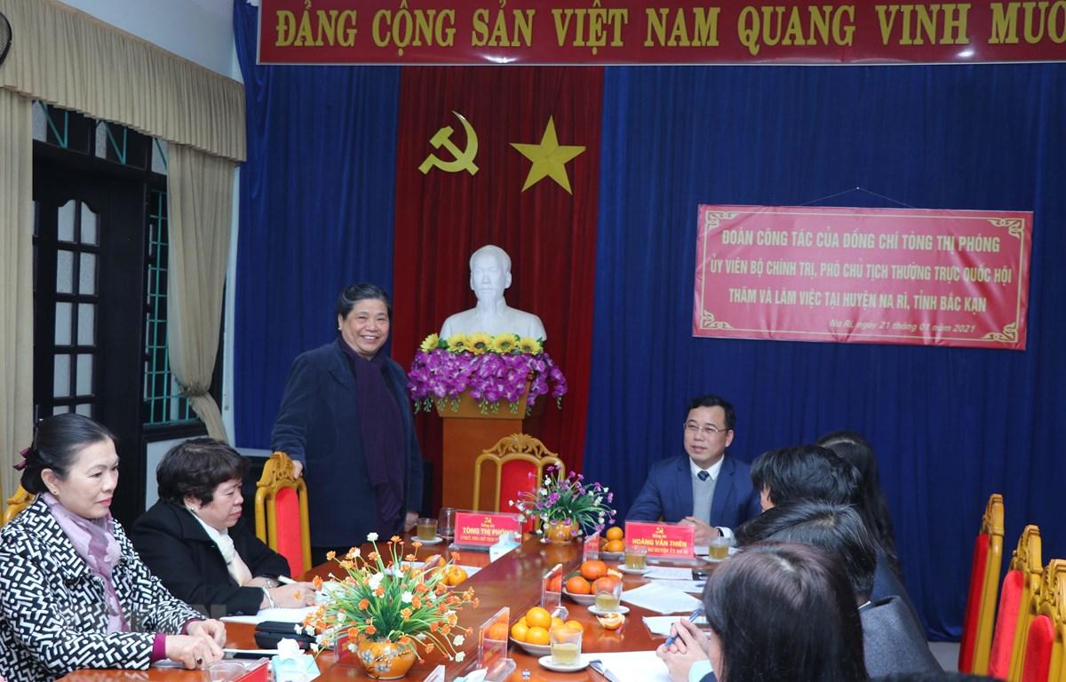 Bà Tòng Thị Phóng, Ủy viên Bộ Chính trị, Phó Chủ tịch Thường trực Quốc hội phát biểu tại buổi làm việc. (Ảnh: Vũ Hoàng Giang/TTXVN)