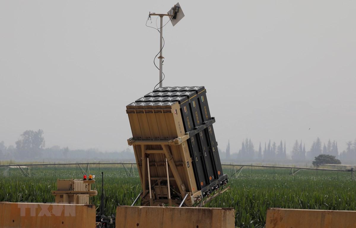 Hệ thống phòng thủ tên lửa Vòm Sắt được triển khai ở Thung lũng Hula, miền Bắc Israel ngày 27/7/2020. (Ảnh: AFP/TTXVN)