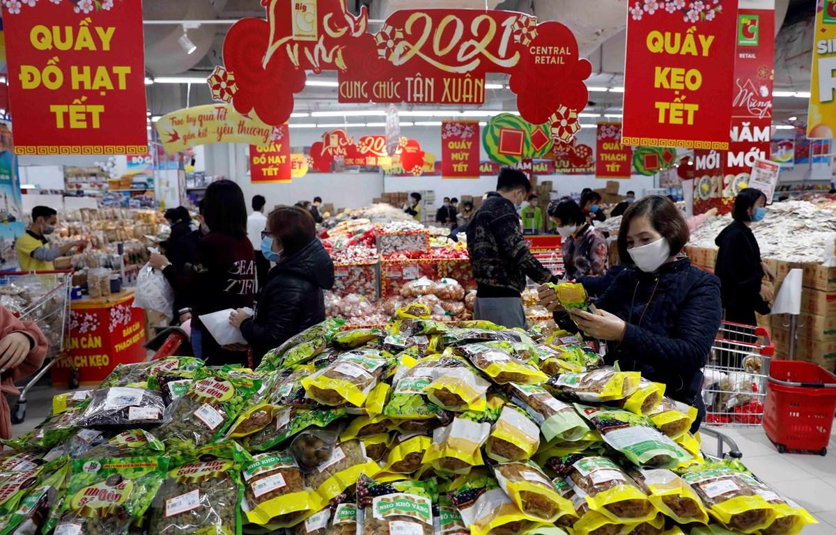 Người dân mua sắm tại siêu thị Big C Thăng Long, Hà Nội. (Ảnh: Trần Việt/TTXVN)