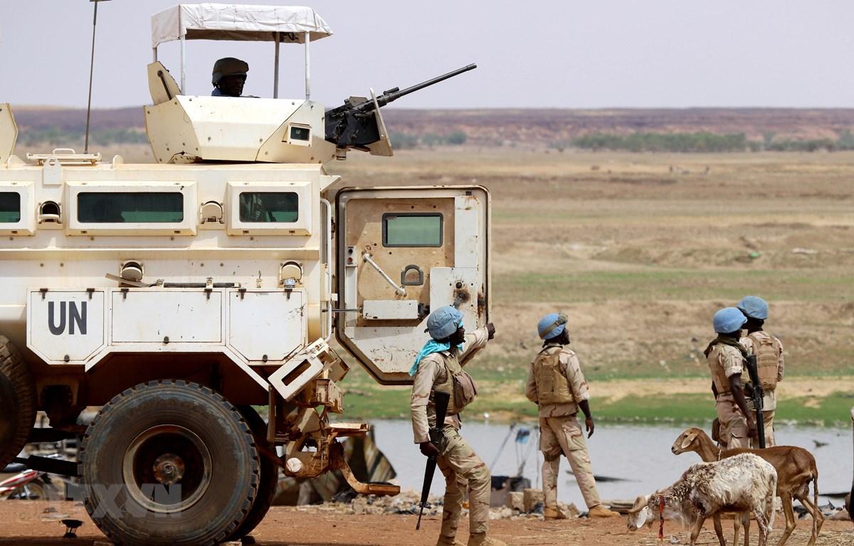 Binh sỹ thuộc Phái bộ gìn giữ hoà bình của LHQ tại Mali tuần tra ở thành phố Gao ngày 24/7/2019. (Ảnh: AFP/TTXVN)