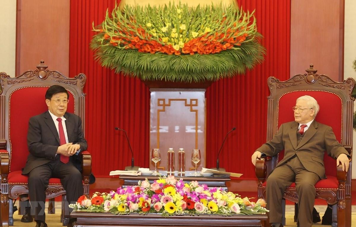 Tổng Bí thư, Chủ tịch nước Nguyễn Phú Trọng tiếp Bộ trưởng Bộ Công an Trung Quốc Triệu Khắc Chí. (Ảnh: Trí Dũng/TTXVN)
