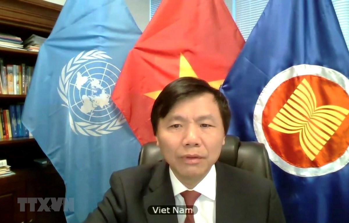 Đại sứ Đặng Đình Quý - Trưởng Phái đoàn đại diện thường trực Việt Nam tại Liên hợp quốc ở New York, Mỹ. (Ảnh: Hữu Thanh/TTXVN)