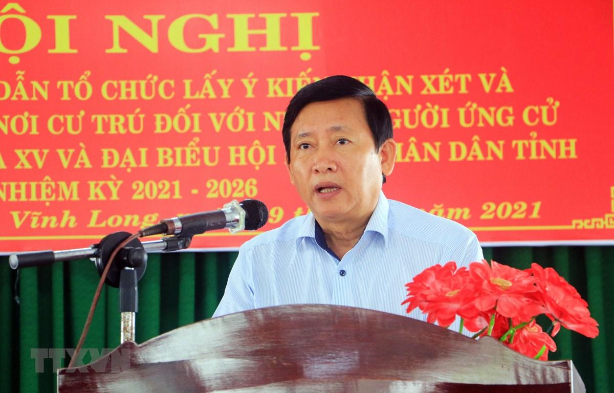 Chủ tịch Ủy ban Mặt trận Tổ quốc Việt Nam tỉnh Vĩnh Long Hồ Văn Huân phát biểu tại Hội nghị. (Ảnh: Phạm Minh Tuấn/TTXVN)