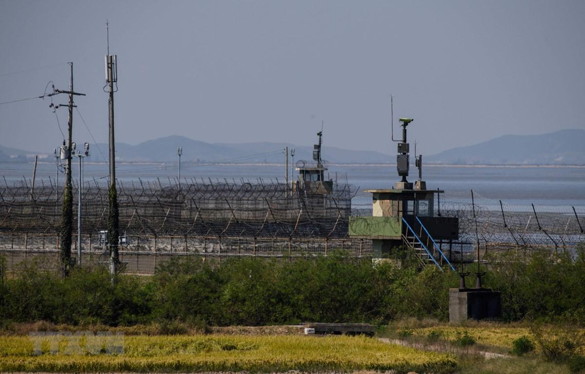 Một chốt canh gác của Hàn Quốc ở Khu phi quân sự (DMZ), giáp giới với Triều Tiên. (Ảnh: AFP/TTXVN)