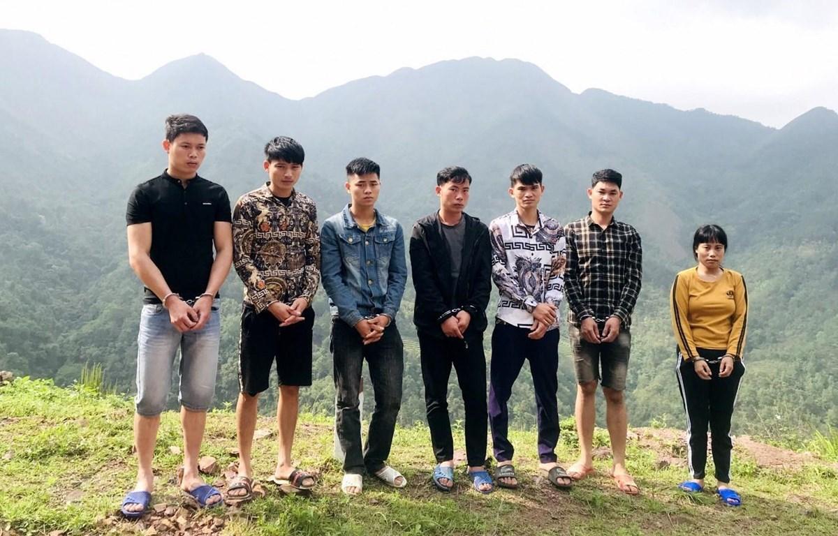 Công an huyện Bình Liêu phát hiện, bắt giữ 7 người có hành vi xuất cảnh trái phép sang Trung Quốc ngày 13/4. (Ảnh: TTXVN phát)