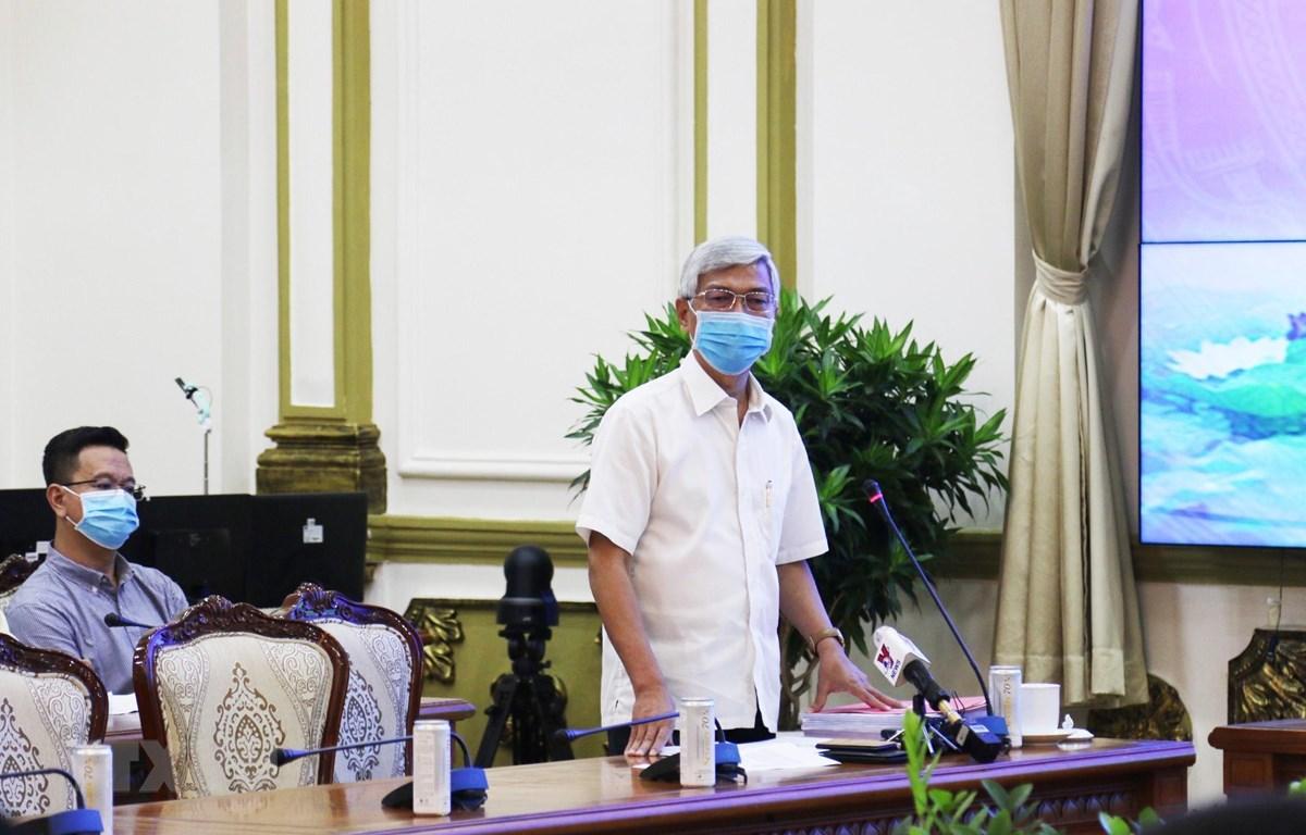 Ông Võ Văn Hoan, Phó Chủ tịch UBND Thành phố, thành viên Ủy ban Bầu cử Thành phố Hồ Chí Minh phát biểu. (Ảnh: Xuân Khu/TTXVN)