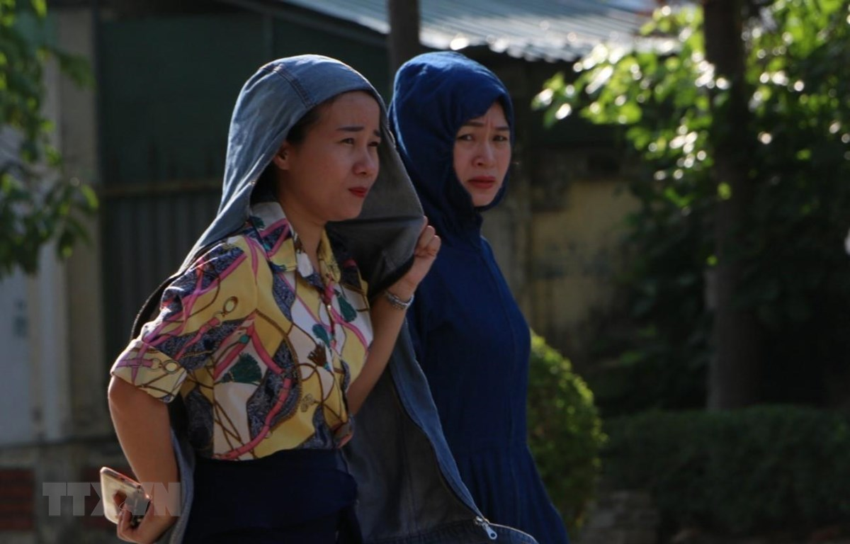 Nắng nóng gay gắt tại thị xã Hồng Lĩnh, Hà Tĩnh. (Ảnh: Duy Khương/TTXVN)