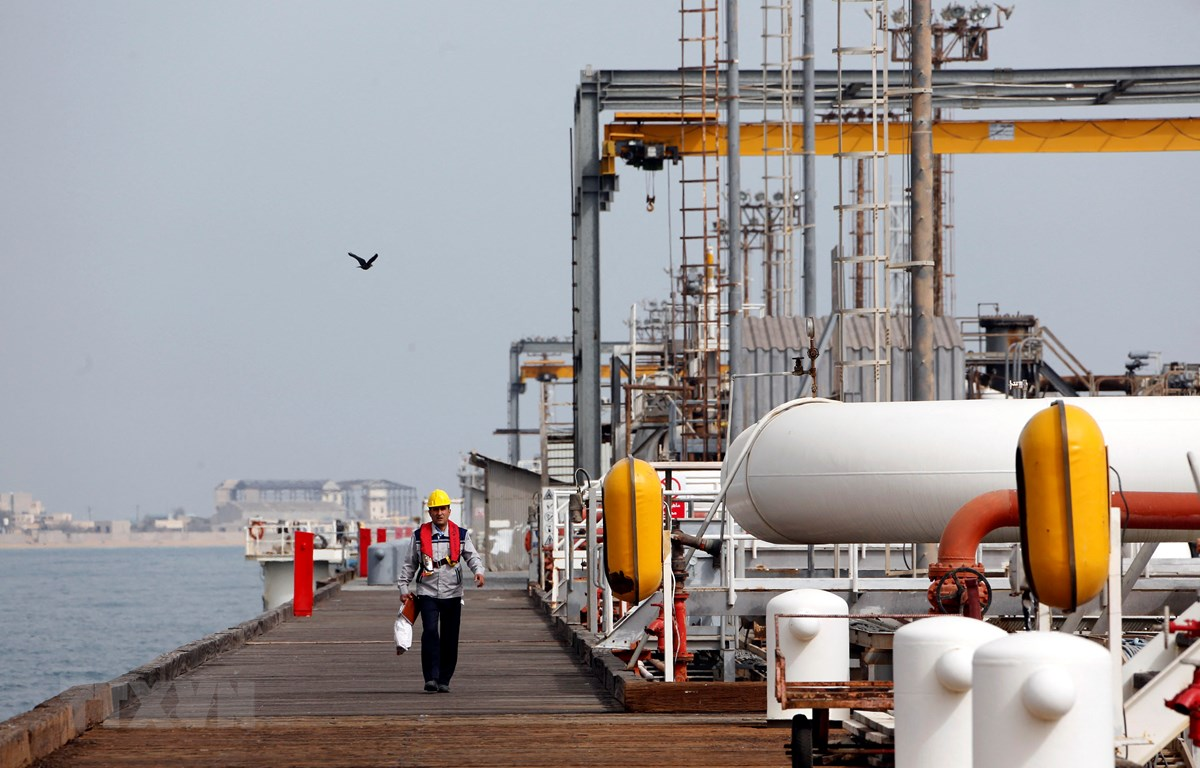 Cơ sở khai thác dầu của Iran trên đảo Khark. (Ảnh: AFP/TTXVN)