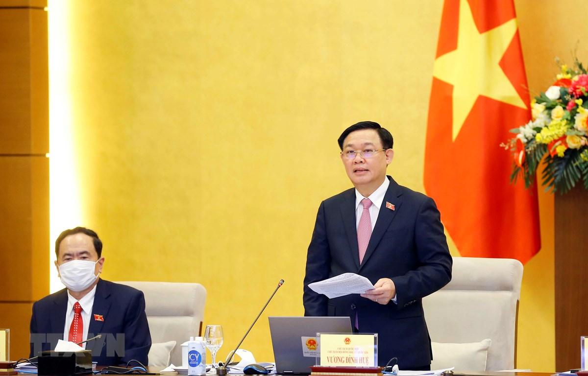 Chủ tịch Quốc hội Vương Đình Huệ phát biểu kết luận hội nghị. (Ảnh: Doãn Tấn/TTXVN)