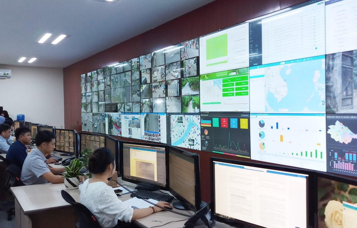 Hệ thống đô thị thông minh ở Thừa Thiên-Huế đang có nhiều ứng dụng, trong đó có giải quyết các phản ánh về môi trường. (Nguồn: monre.gov.vn)
