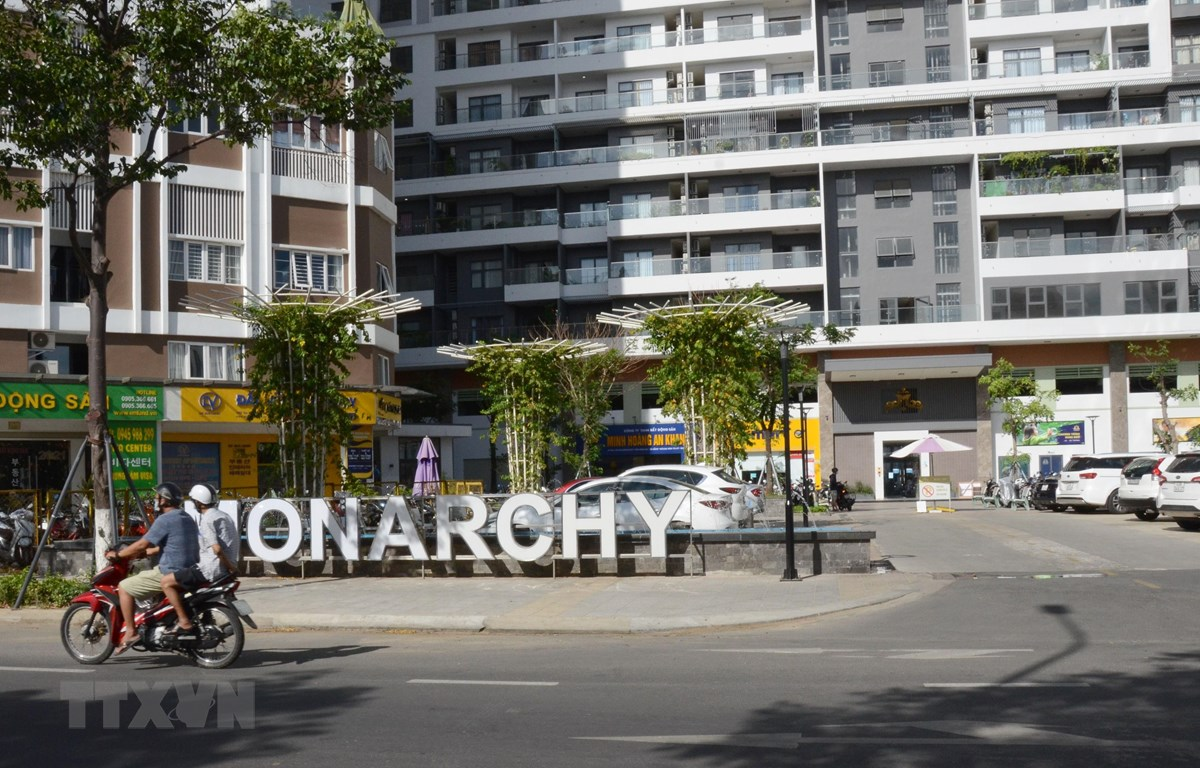 Lối vào chính của Khu phức hợp nghỉ dưỡng Monarchy (quận Sơn Trà, thành phố Đà Nẵng). (Ảnh: Quốc Dũng/TTXVN)