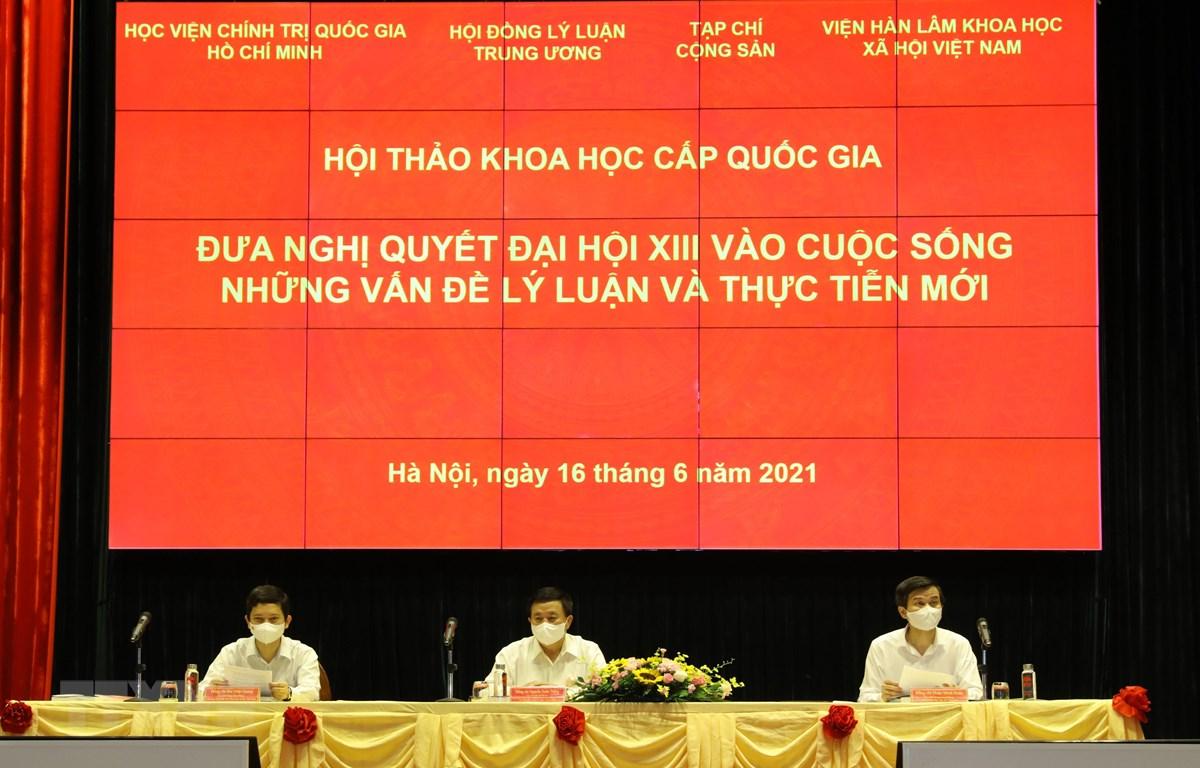 GS.TS Nguyễn Xuân Thắng, Ủy viên Bộ Chính trị, Giám đốc Học viện Chính trị quốc gia Hồ Chí Minh, Chủ tịch Hội đồng Lý luận Trung ương chủ trì Hội thảo. (Ảnh: Nguyễn Điệp/TTXVN)
