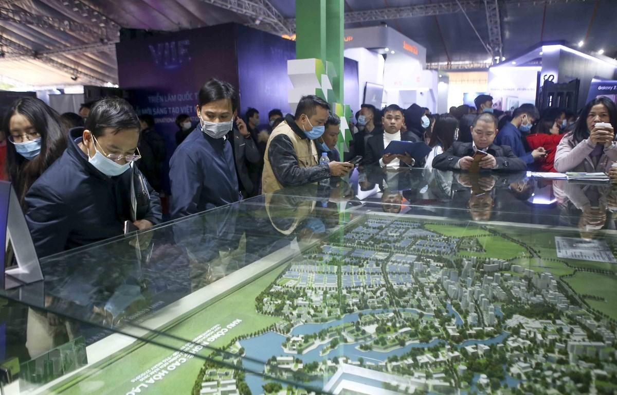 Triển lãm quốc tế Đổi mới sáng tạo 2021 giới thiệu những hoạt động đổi mới sáng tạo của các chủ thể tích cực trong hệ sinh thái Việt Nam ở một số lĩnh vực chủ yếu. (Ảnh: Tuấn Đức/TTXVN)