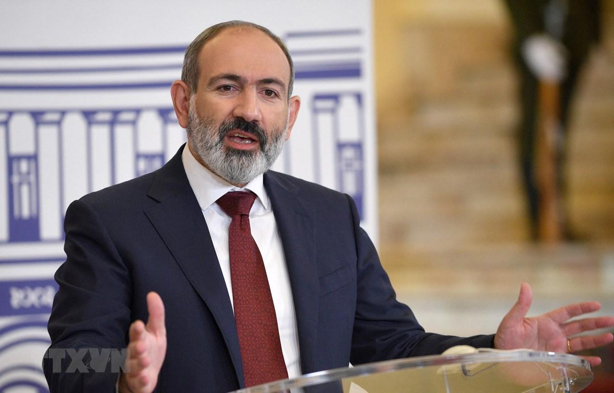 Thủ tướng Armenia Nikol Pashinyan tại cuộc họp báo ở Yerevan, ngày 17/7/2021. (Ảnh: AFP/TTXVN)