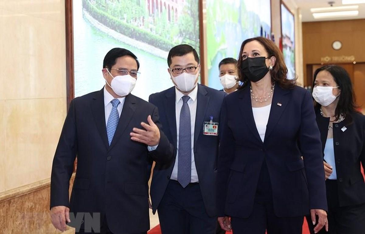 Thủ tướng Phạm Minh Chính tiếp Phó Tổng thống Mỹ Kamala Harris tại Trụ sở Chính phủ ngày 25/8. (Ảnh: Dương Giang/TTXVN)