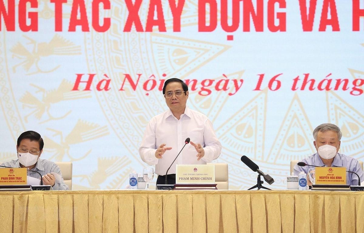 Thủ tướng Phạm Minh Chính chủ trì hội nghị. (Ảnh: Dương Giang/TTXVN)