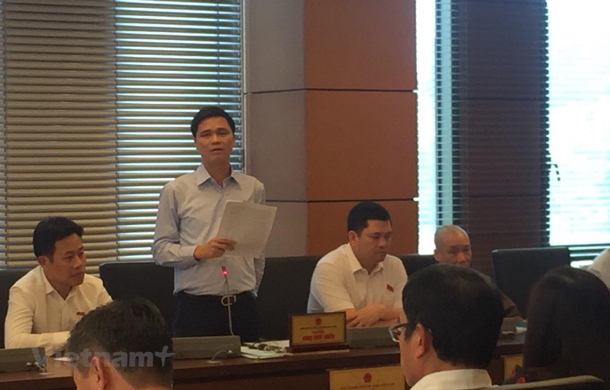 Ông Ngọ Duy Hiểu (Đoàn đại biểu Quốc hôi Thành phố Hà Nội) phát biểu ý kiến về dự thảo Bộ Luật Lao động (sửa đổi). (Ảnh: PV/Vietnam+)