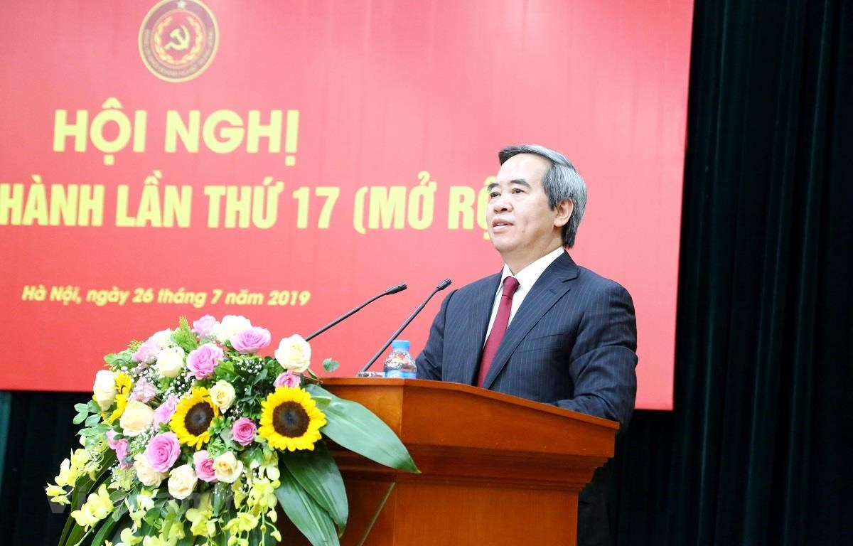Đồng chí Nguyễn Văn Bình - Ủy viên Bộ Chính trị, Bí thư Trung ương Đảng, Trưởng Ban Kinh tế Trung ương phát biểu chỉ đạo tại Hội nghị. (Ảnh: BTC/Vietnam+)