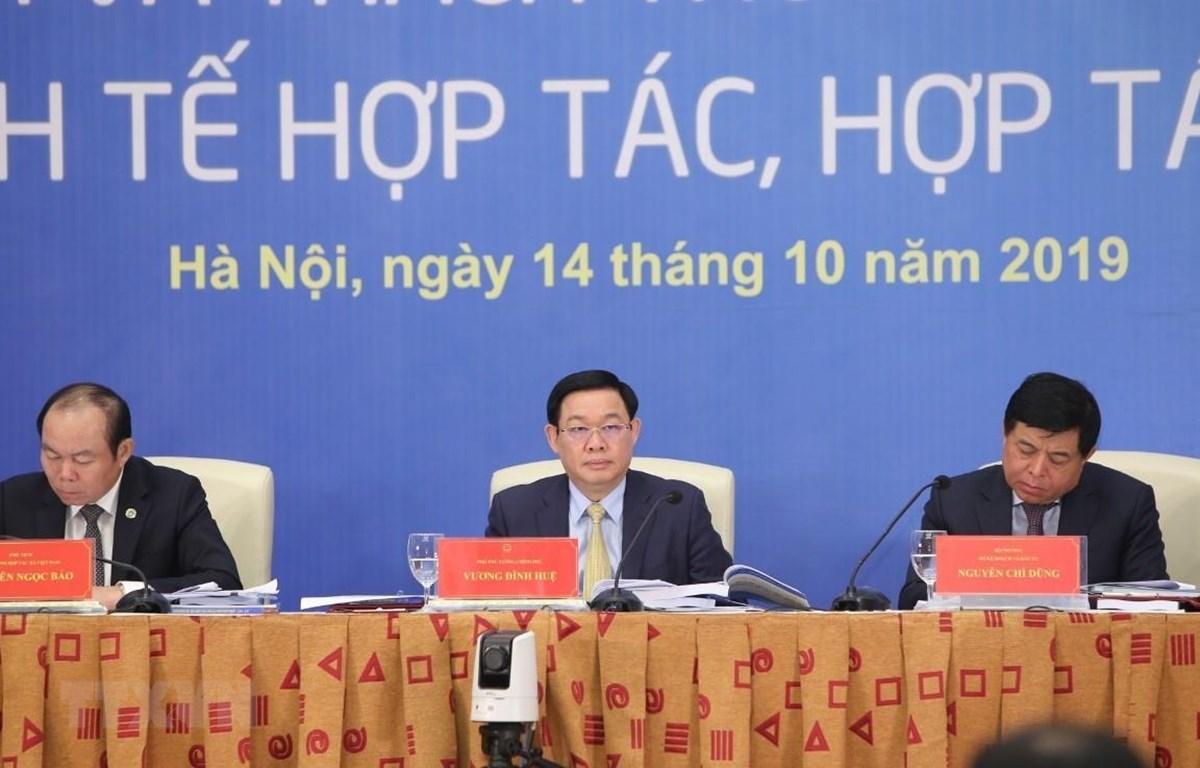 Diễn đàn Kinh tế hợp tác, hợp tác xã năm 2019 do Bộ Kế hoạch và Đầu tư phối hợp với Liên minh Hợp tác xã Việt Nam tổ chức ngày 14/10. (Ảnh: TTXVN)