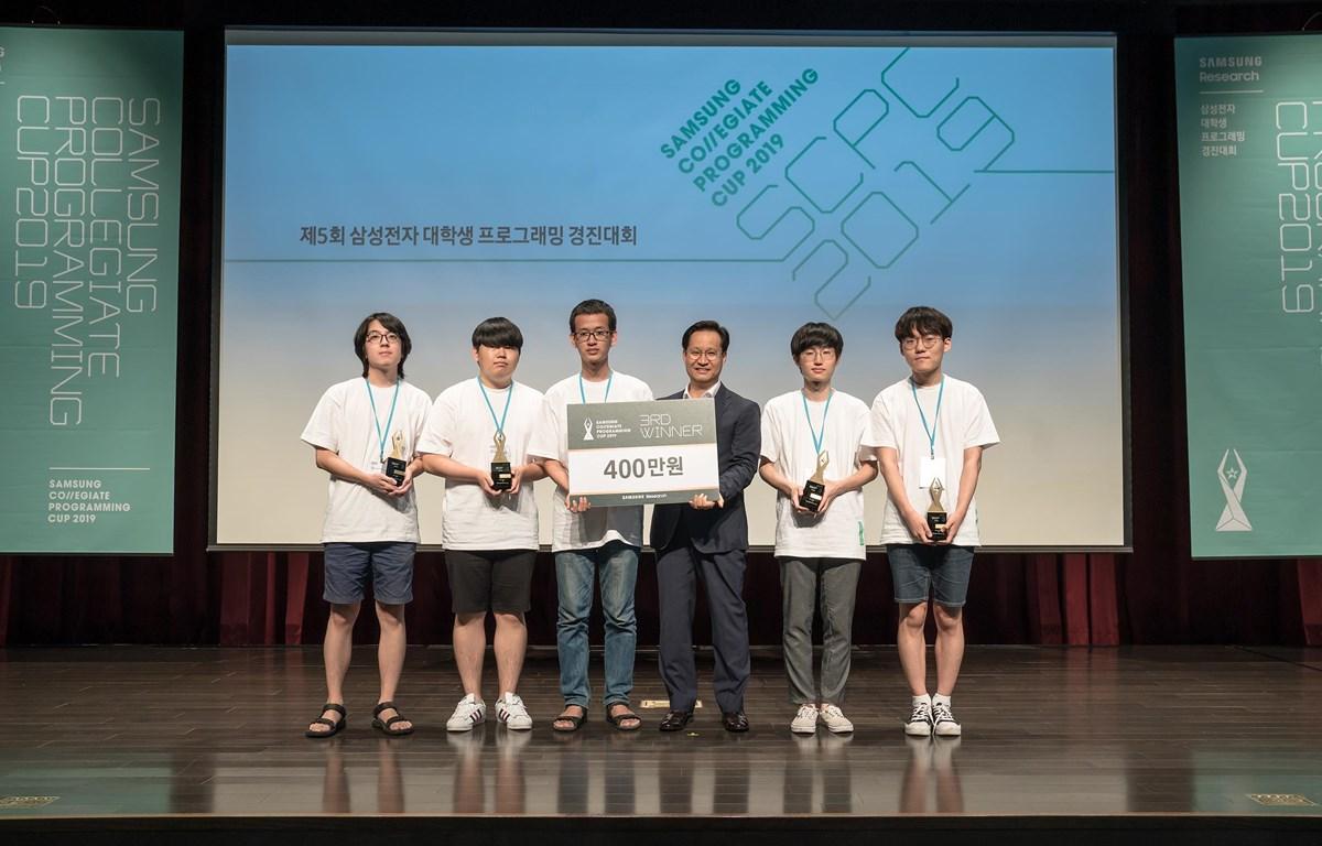 Vượt qua nhiều thí sinh quốc tế, Nguyễn Hy Hoài Lâm giành Giải 3 SCPC 2019 tại Hàn Quốc. (Ảnh: D.L/Vietnam+)