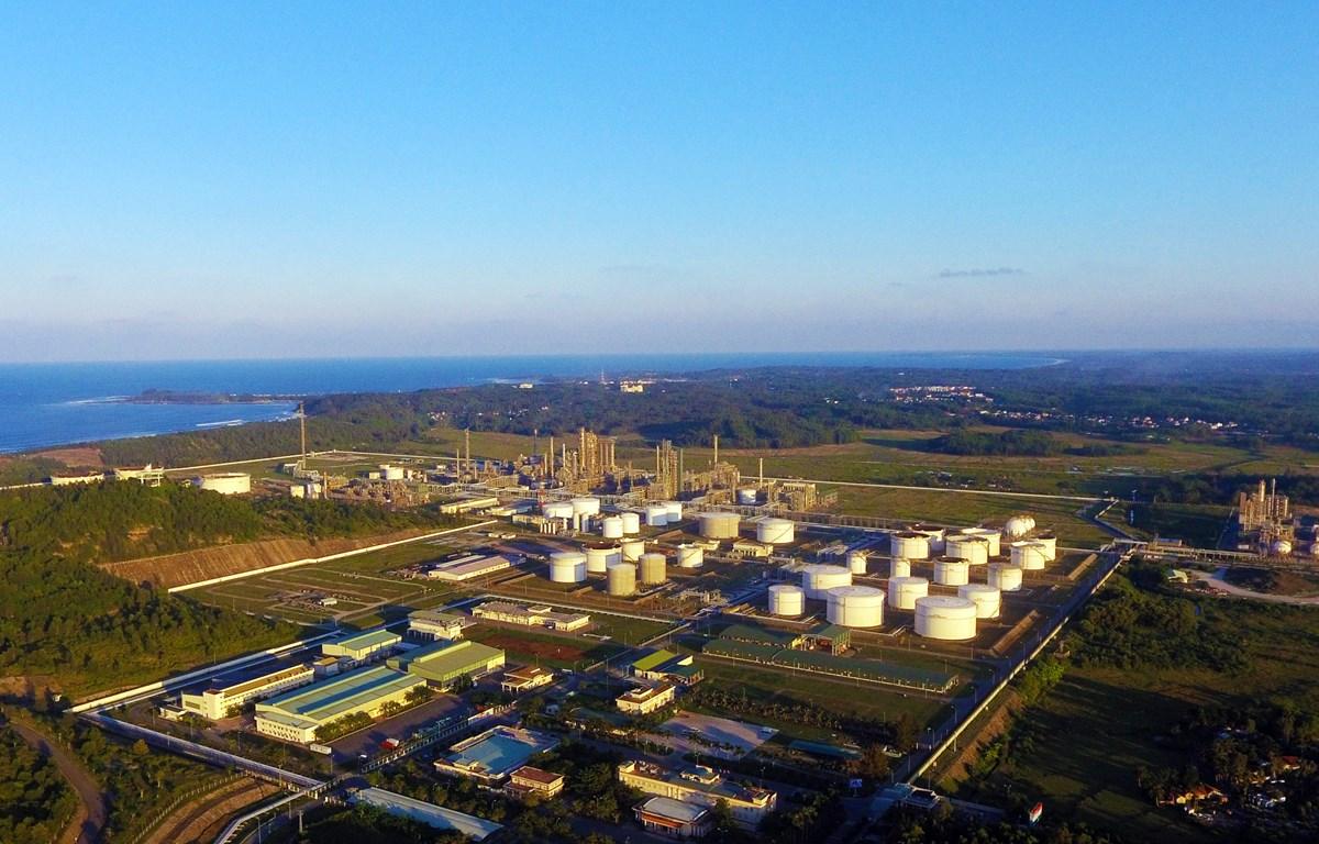 Xăng dầu Dung Quất theo chu trình khép kín, công nghệ hiện đại.