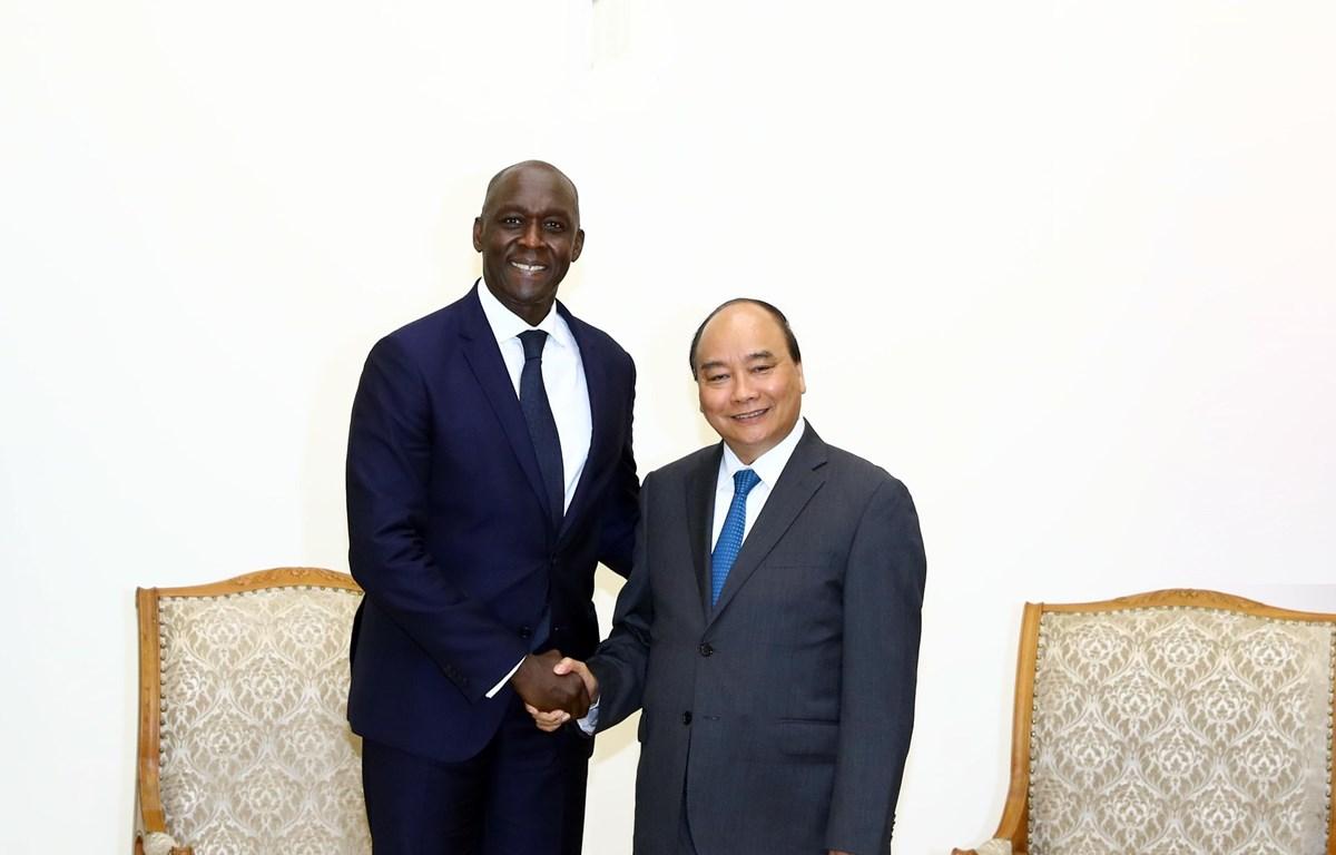 Thủ tướng Nguyễn Xuân Phúc tiếp ông Makhtar Diop, Phó Chủ tịch Ngân hàng Thế giới. (Ảnh: Thống Nhất/TTXVN)