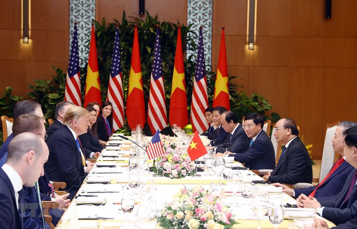 Thủ tướng Nguyễn Xuân Phúc hội đàm Tổng thống Hoa Kỳ Donald Trump. (Ảnh: Thống Nhất/TTXVN)