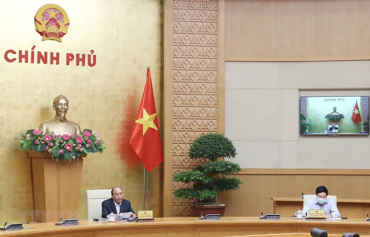 Thủ tướng Nguyễn Xuân Phúc phát biểu tại buổi họp. (Ảnh: Thống Nhất/TTXVN)