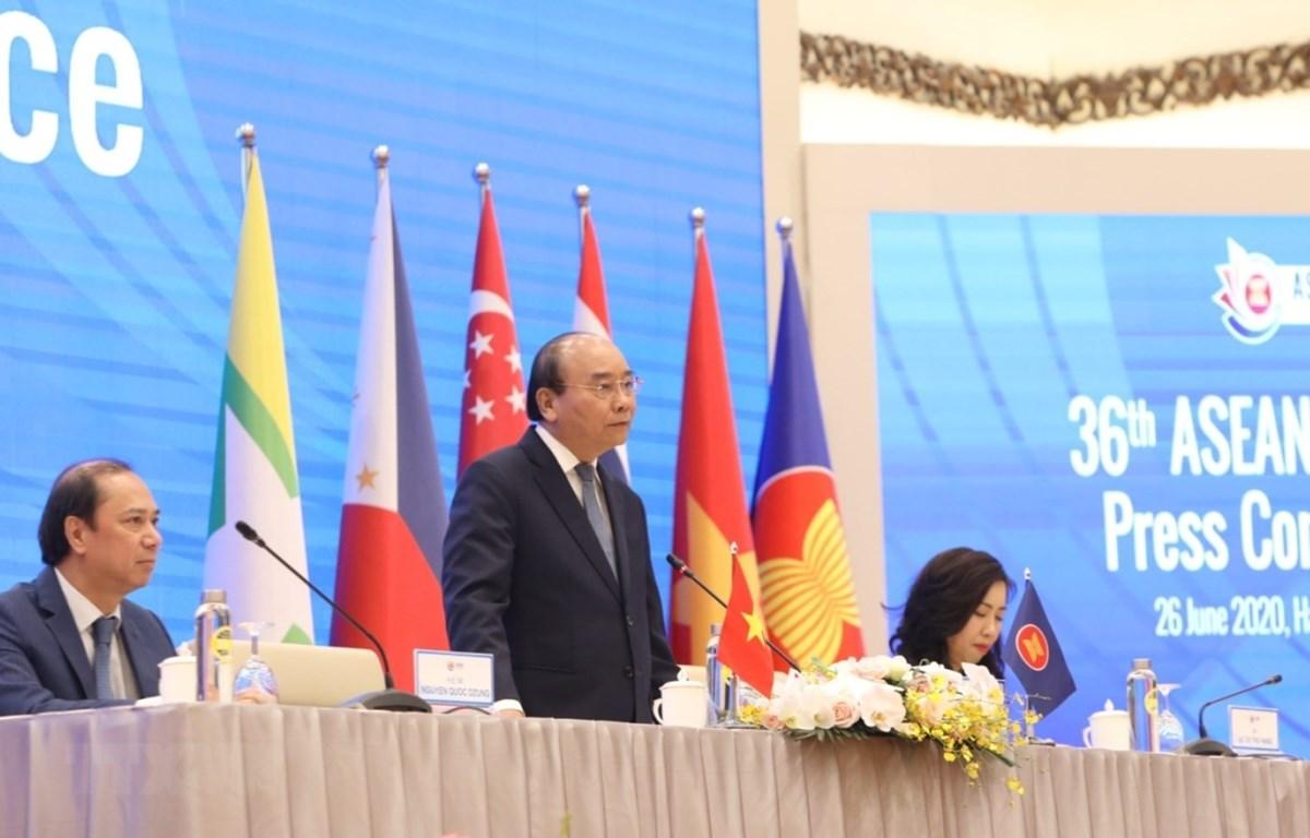 Thủ tướng Nguyễn Xuân Phúc, Chủ tịch ASEAN 2020 phát biểu. (Ảnh: TTXVN)
