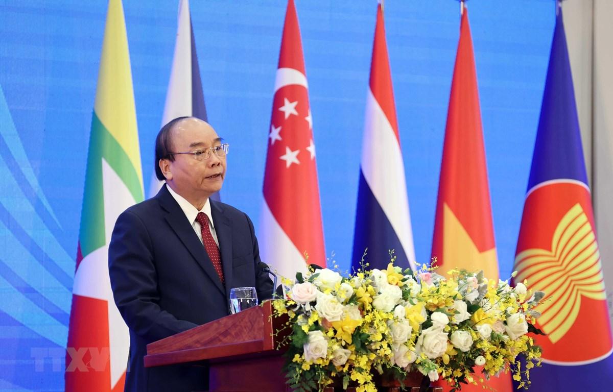 Thủ tướng Nguyễn Xuân Phúc, Chủ tịch ASEAN 2020 phát biểu khai mạc. (Ảnh: Thống Nhất/TTXVN)