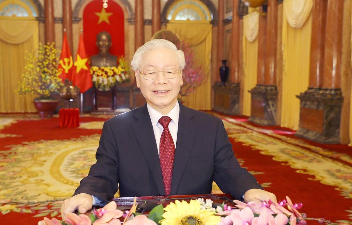 Tổng Bí thư, Chủ tịch nước Nguyễn Phú Trọng chúc tết đồng bào, đồng chí và chiến sĩ cả nước, cộng đồng người Việt Nam ở nước ngoài. (Ảnh: Trí Dũng/TTXVN)