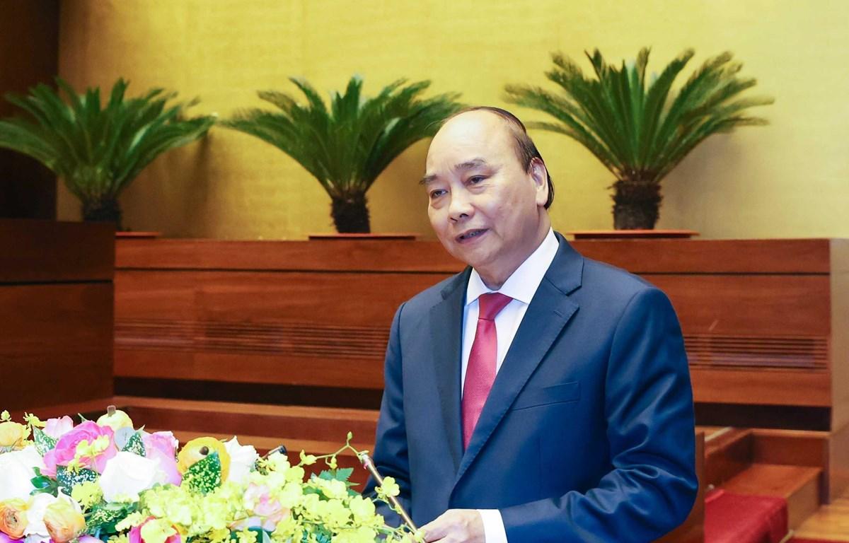 Thủ tướng Nguyễn Xuân Phúc giới thiệu, quán triệt chuyên đề: Chiến lược phát triển kinh tế-xã hội 10 năm 2021-2030 và phương hướng, nhiệm vụ phát triển kinh tế-xã hội 5 năm 2021-2025. (Ảnh: Thống Nhất/TTXVN)