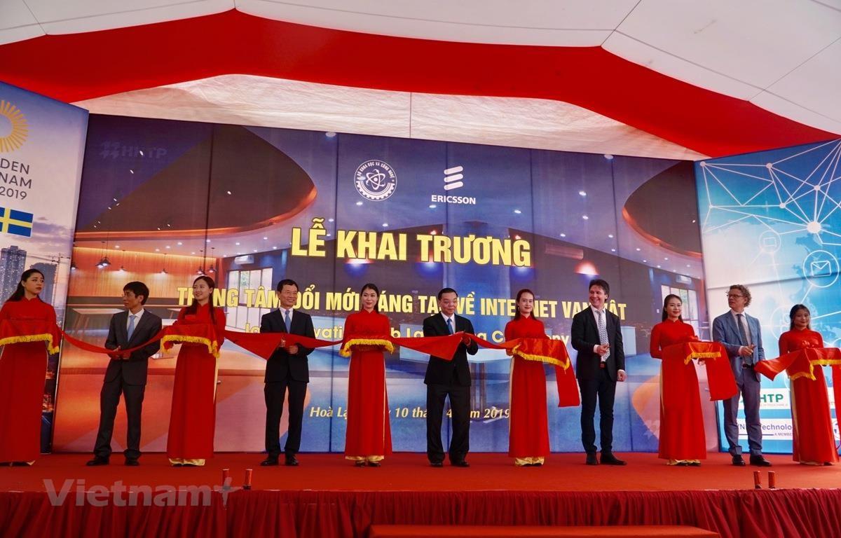 IoT Hub sẽ là nơi hỗ trợ nghiên cứu và phát triển (R&D) tập trung đẩy nhanh tiến độ của Việt Nam trong cách mạng 4.0. (Ảnh: Minh Hiếu/Vietnam+)