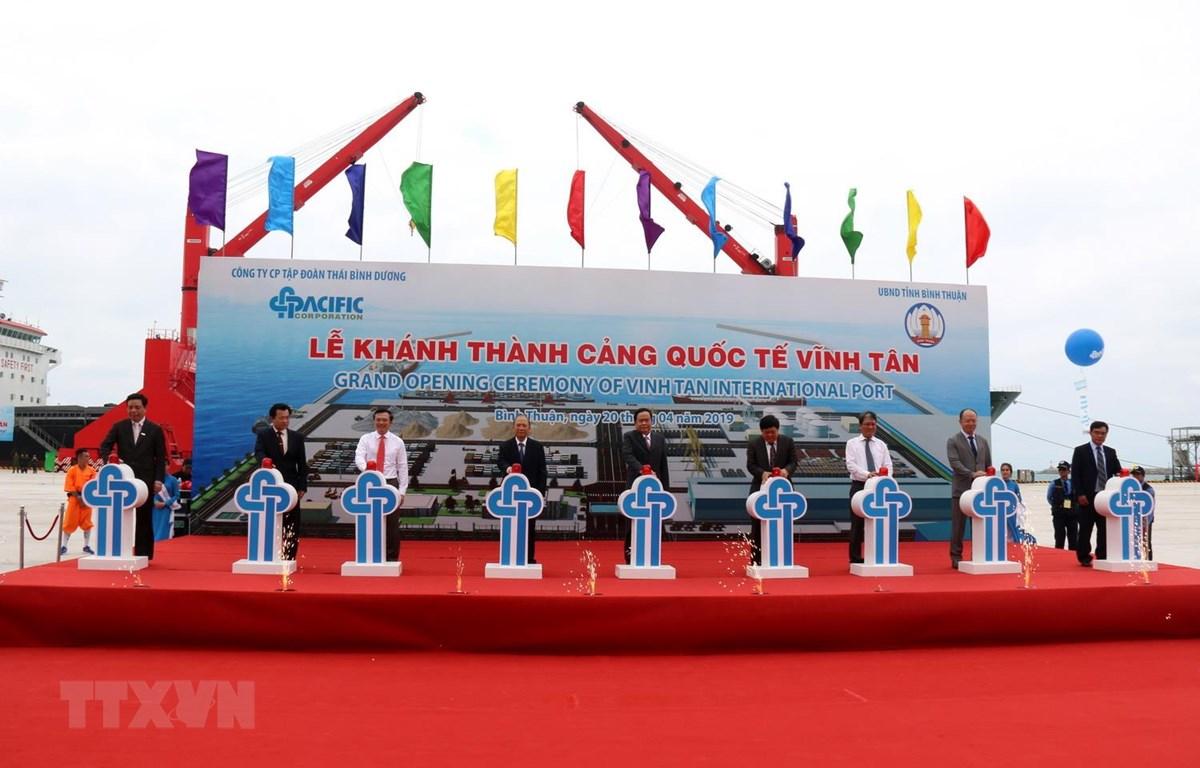Nghi lễ khánh thành và đưa vào hoạt động Cảng Quốc tế Vĩnh Tân ở tỉnh Bình Thuận. (Ảnh: Nguyễn Thanh/TTXVN)