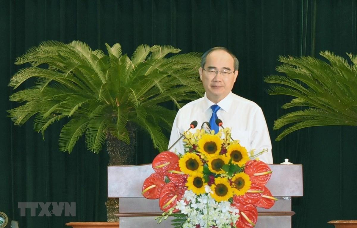 Ông Nguyễn Thiện Nhân, Ủy viên Bộ Chính trị, Bí thư Thành ủy Thành phố Hồ Chí Minh phát biểu tại Hội nghị. (Ảnh: Mỹ Phương/TTXVN)