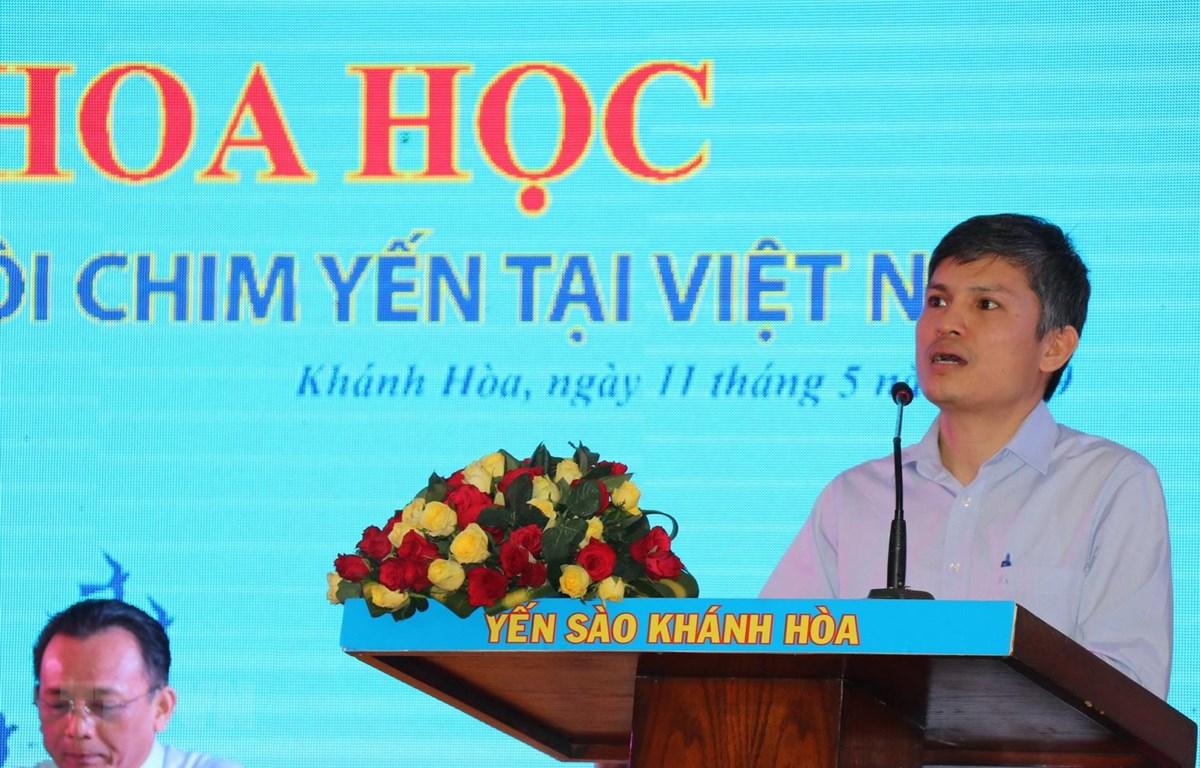 Tiến sỹ Nguyễn Văn Trọng, Phó cục trưởng Cục chăn bộ trình bày tham luận tại hội thảo. (Ảnh: Tiên Minh/TTXVN)