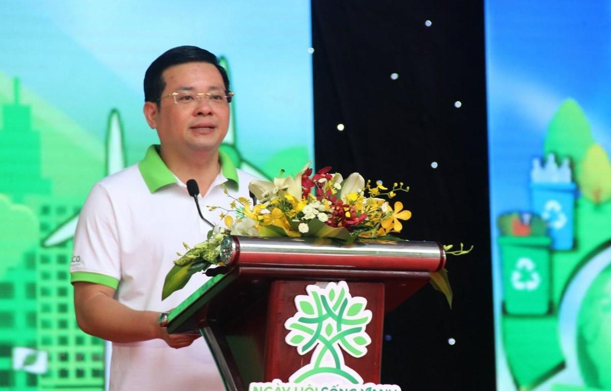 Ông Nguyễn Toàn Thắng, Giám đốc Sở Tài nguyên và Môi trường TP Hồ Chí Minh phát biểu tại ngày hội. (Ảnh: Xuân Dự/TTXVN)