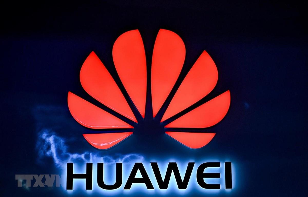 Biểu tượng Huawei. (Ảnh: AFP/TTXVN)