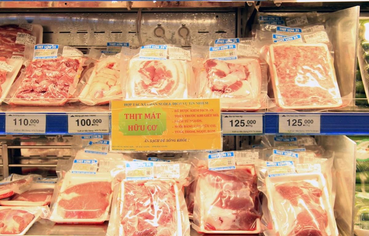 Nguồn thịt lợn bán tại hệ thống Saigon Co.op. (Ảnh: Quang Quyết/TTXVN)