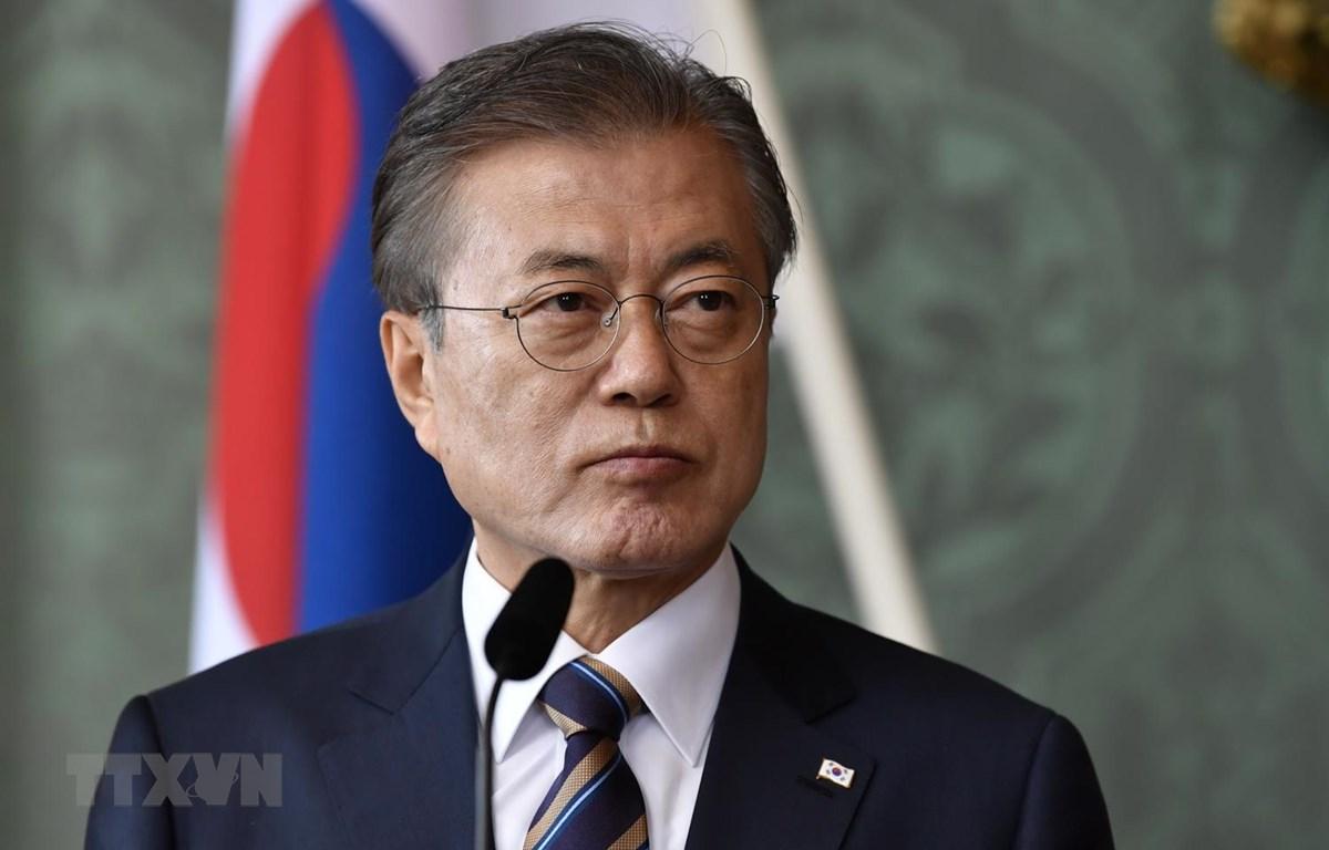 Trong ảnh: Tổng thống Hàn Quốc Moon Jae-in phát biểu tại Stockholm ngày 14/6. Ảnh: AFP/TTXVN